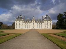 Замок Шеверни, Chateau de Cheverny, фото Франции, замок, собаки