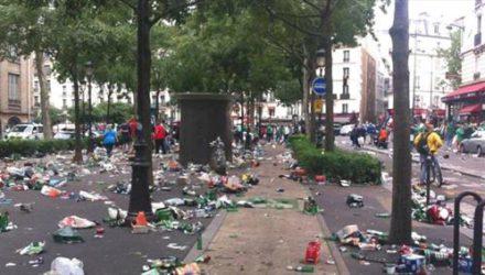 В Париже появятся «умные» мусорки