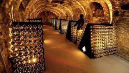 Во Франции падают продажи шампанского
