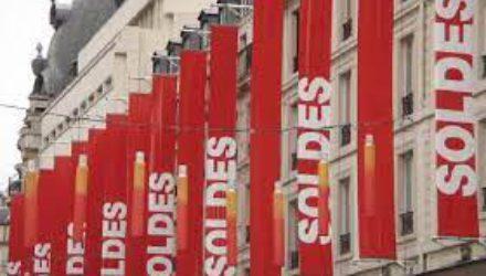 Французы надеются извлечь выгоду из распродаж