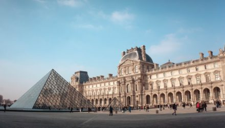 10 мест, которые непременно нужно увидеть в Париже