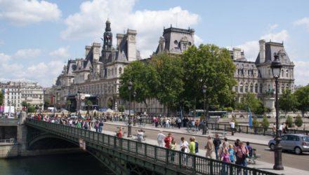 Экскурсия по Парижу на красном автобусе (Le Bus Rouge de Paris)