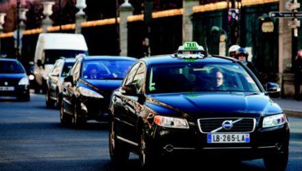 Французские такси приспосабливаются к кризису
