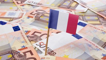 Богатство для французов начинается с 6500 евро в месяц