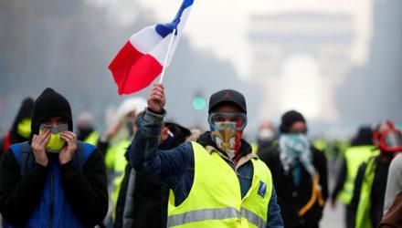 Французы не одобряют повышение НДС