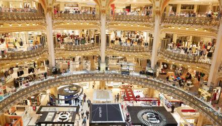Туристы из стран БРИК не в восторге от гостиниц и магазинов во Франции