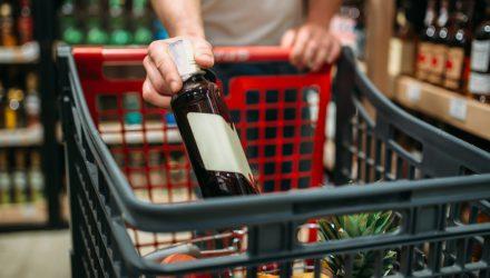 Ограничение продаж петард, алкоголя и бензина в январские праздники